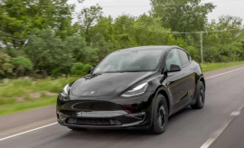 2021 Tesla Model Y Review: Have Your Cake and Eat It, Too